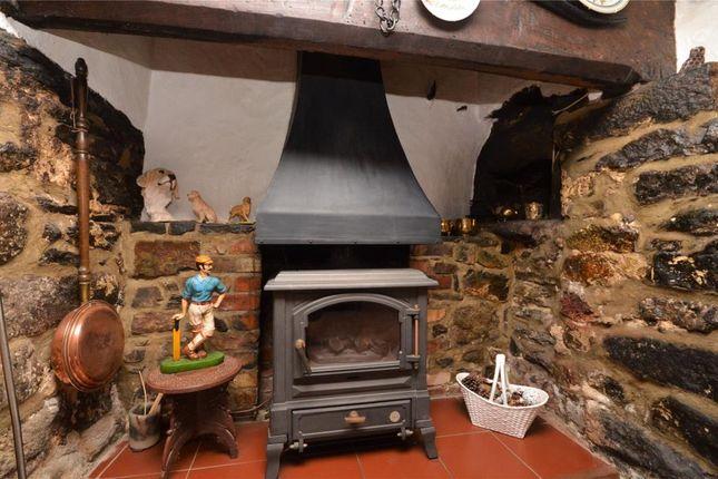 Picture No. 03 of Thatch Cottages, Liverton, Newton Abbot, Devon TQ12