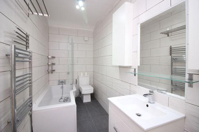Bathroom of Seedley Road, Salford M6