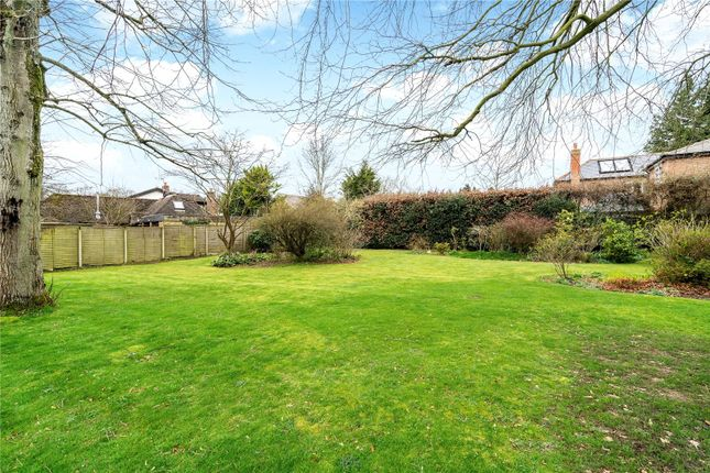 Picture 19 of Nairdwood Lane, Prestwood, Great Missenden HP16