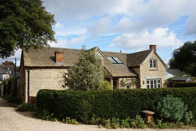 Thumbnail Detached house to rent in High Street, Eynsham, Witney