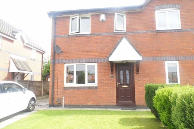 3 bed semi-detached house to rent in Kerans Drive, Westhoughton, Bolton