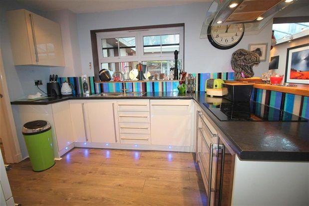 Kitchen Worktops of Pintail Close, Leyland PR26