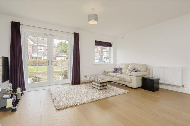 Flat-Birchwood-House-Banstead-115