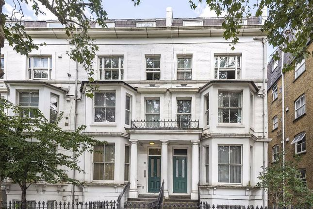 Thumbnail Flat to rent in West Cromwell Road, London