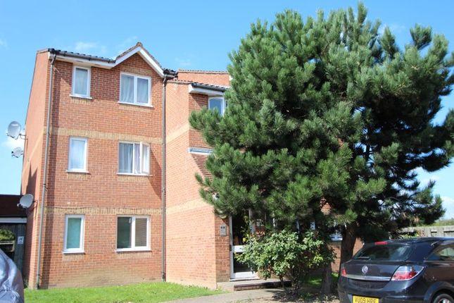 Thumbnail Flat to rent in Cobbett Close, Enfield