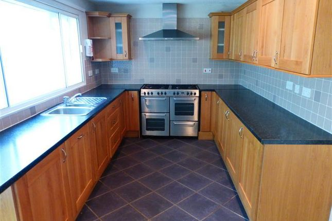 Thumbnail Semi-detached house to rent in Woodlands Way, Mildenhall, Bury St. Edmunds