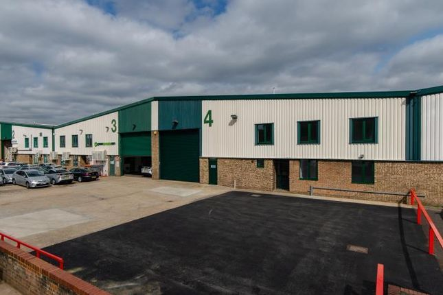 Unit 4 Fleming Way Trading Estate, Isleworth