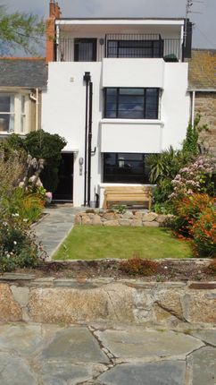 Thumbnail Terraced house for sale in South Terrace, Penzance