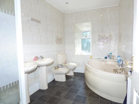 Bathroom of Pentrefelin, Amlwch, Sir Ynys Mon LL68
