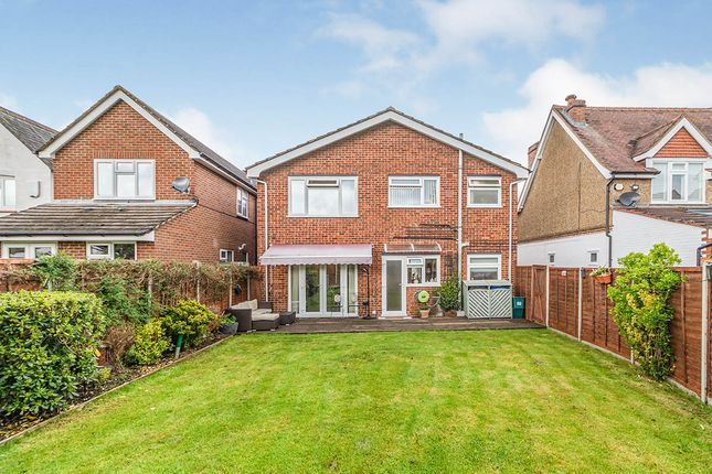 Thumbnail Maisonette for sale in Fullers Way South, Chessington