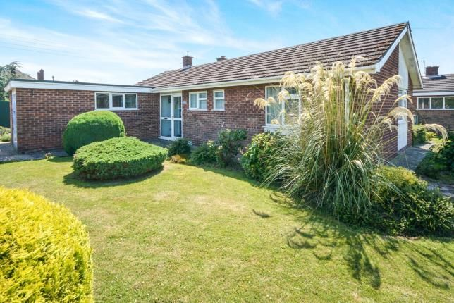 Thumbnail Bungalow for sale in Highfield Road, Saxilby, Lincoln, Lincolnshire