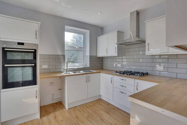 Thumbnail Semi-detached house to rent in 1 St James Park, Tunbridge Wells