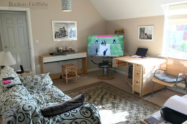 Thumbnail Flat to rent in Carn Wen, Bridgend