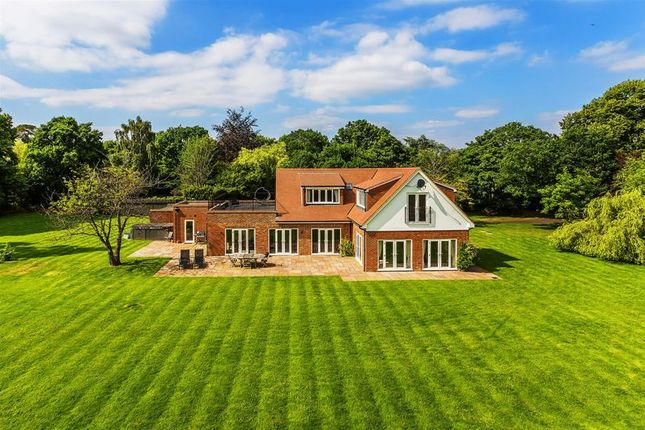 Thumbnail Detached house for sale in Green Lane, West Clandon, Guildford