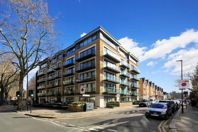 Thumbnail Flat for sale in Marlborough Court, Marlborough Road, London