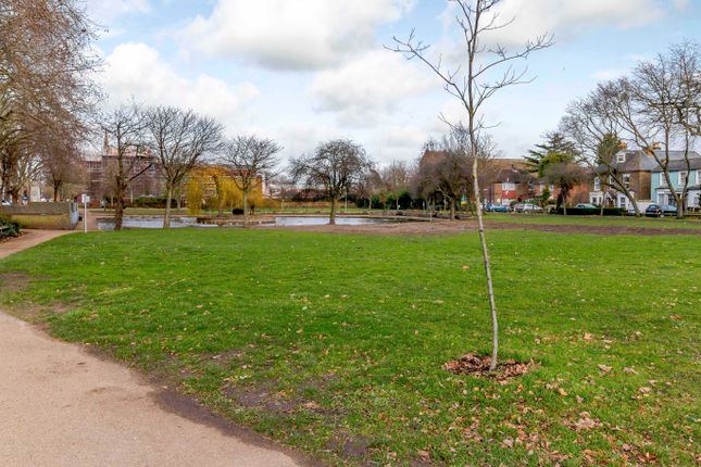 Local Park Area of Highfield Road, Feltham TW13