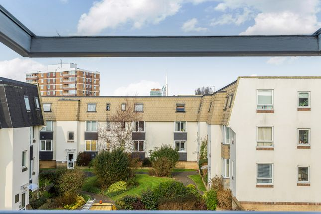 1 bed flat to rent in Dartmouth Mews, Cecil Place, Southsea