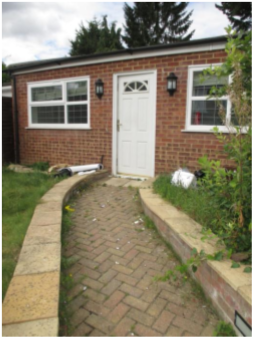 2 bed detached bungalow to rent in Micklefield Road, High Wycombe HP13