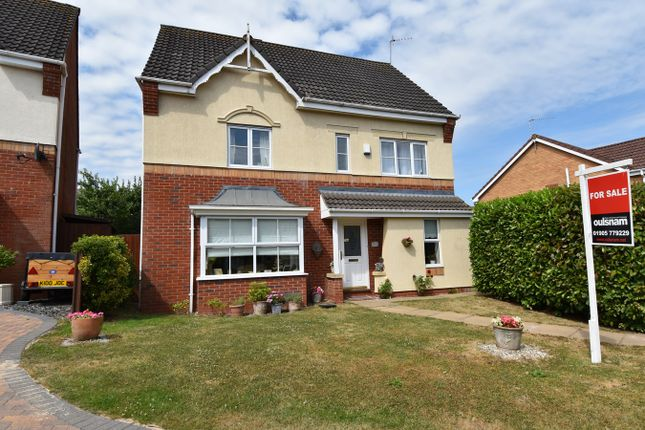 Thumbnail Detached house for sale in Kestrel Crescent, Droitwich
