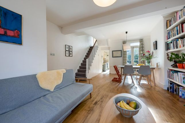2 bed property for sale in Sabine Road, London