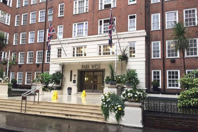 2 bed flat to rent in Park West, Park West Place, London