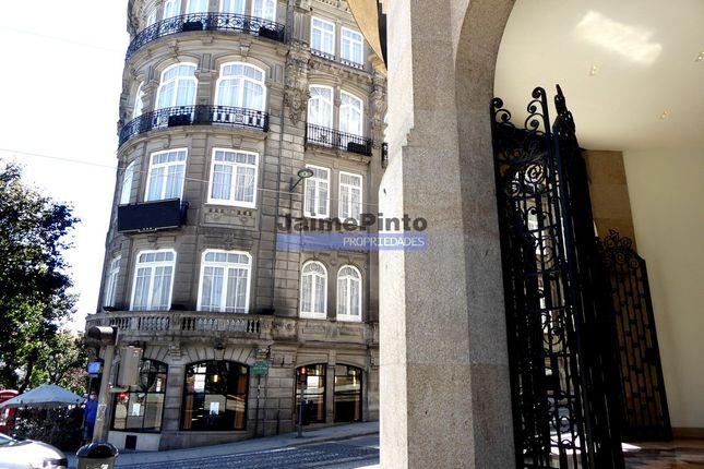 Thumbnail Hotel/guest house for sale in Hotel, 102 Rooms, 4 Stars, Luxurious, Cedofeita, Santo Ildefonso, Sé, Et Al., Porto (City), Porto, Norte, Portugal