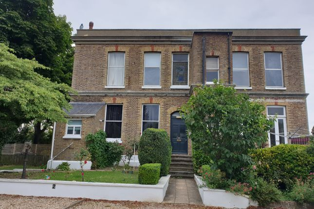 Flat to rent in Alexandra Road, Whitstable