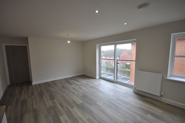 Thumbnail Flat to rent in Magdalene Drive, Mickleover, Derby