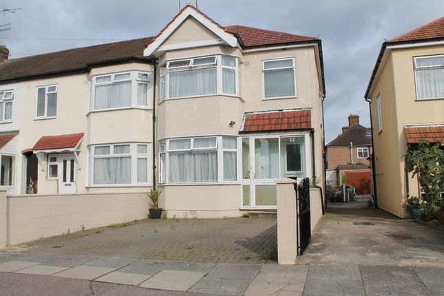 Thumbnail Terraced house for sale in Cowland Avenue, Ponders End, Enfield