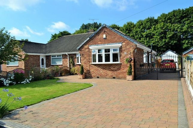 Thumbnail Bungalow for sale in Waltho Avenue, Maghull, Liverpool