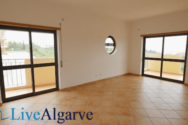 Comfortable T3+1 Apartment Near Porto De Mós, Lagos