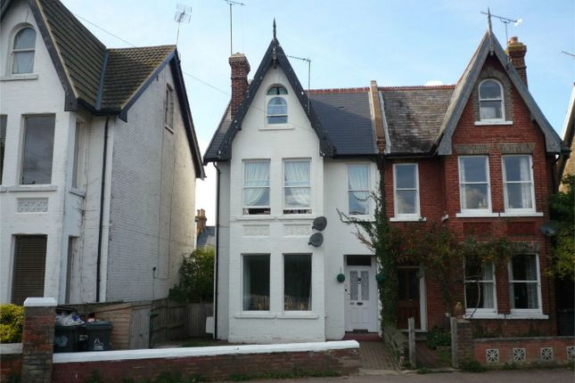 Thumbnail Maisonette to rent in Cavendish Road, Herne Bay, Kent