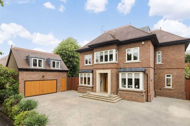 Thumbnail Detached house to rent in Greenoak Place, Hadley Wood, Hertfordshire