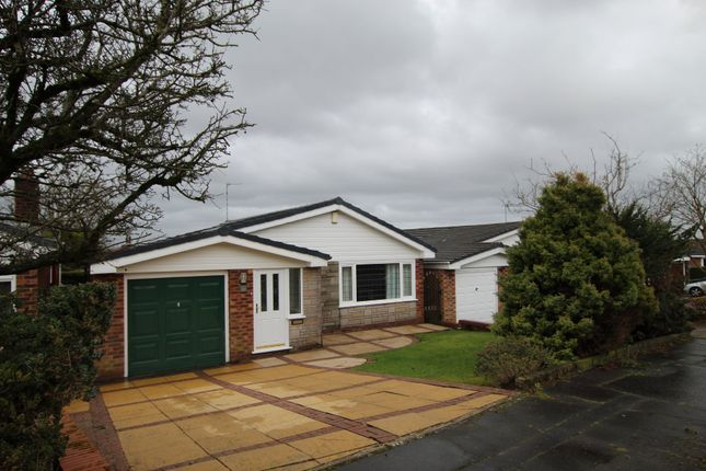 Thumbnail Detached bungalow to rent in Shawclough Way, Shawclough, Rochdale