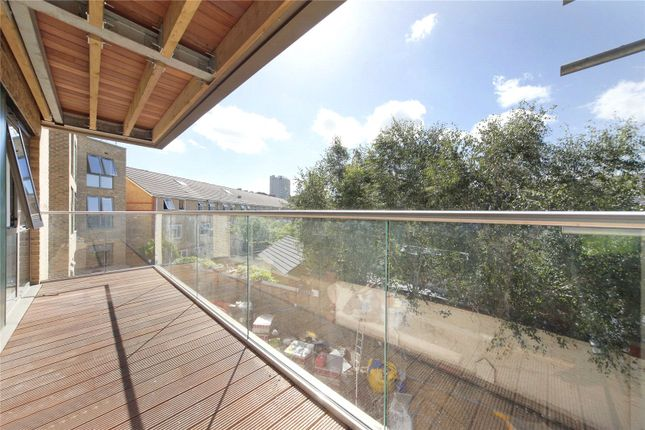 Thumbnail Property to rent in Bedford Road, Clapham, London
