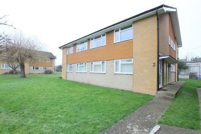 2 bed flat for sale in Glebe Way, Whitstable