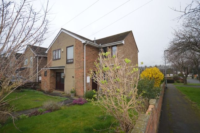 Thumbnail Detached house to rent in Cleveland Avenue, Wakefield