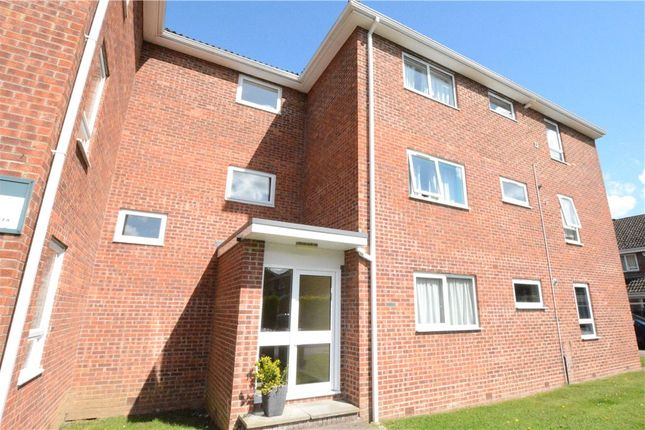 Flat for sale in Oakley, Northcroft, Wooburn Green