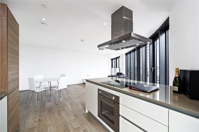 Thumbnail Flat for sale in Unex Tower, 7 Station Street, London