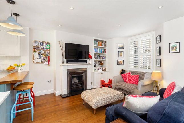 Family Room of Tonsley Road, London SW18