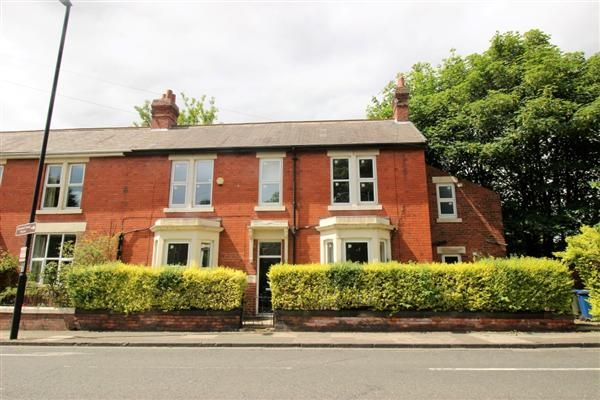 3 bed end terrace house to rent in Osborne Road, Jesmond, Newcastle Upon Tyne