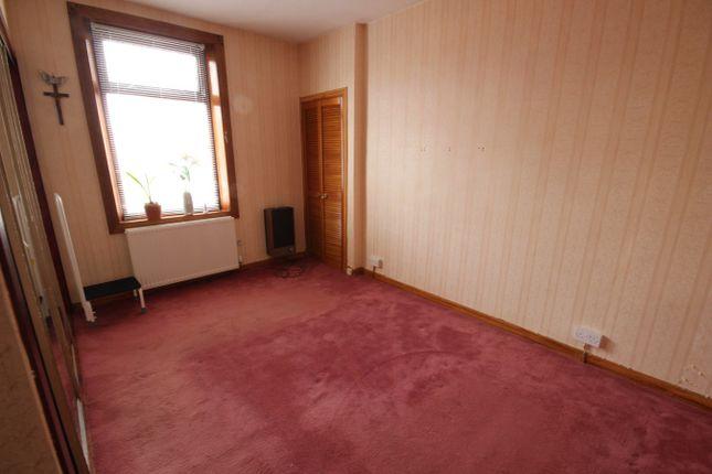 Bedroom 1 of Minto Street, Lochgelly KY5