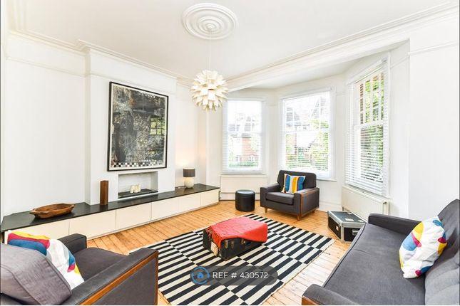 Thumbnail Flat to rent in Saint James's Lane, London