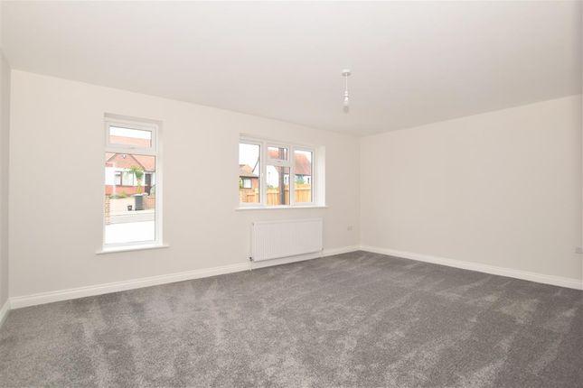 Thumbnail Bungalow for sale in Hockers Lane, Detling, Maidstone, Kent