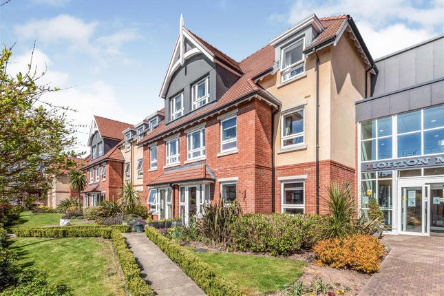 Thumbnail Flat for sale in Horton Mill Court, Hanbury Road, Droitwich, Worcestershire