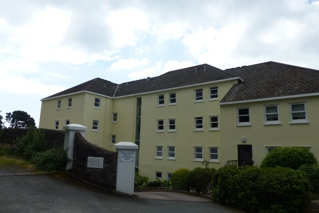 Thumbnail Flat to rent in Hesketh Road, Torquay