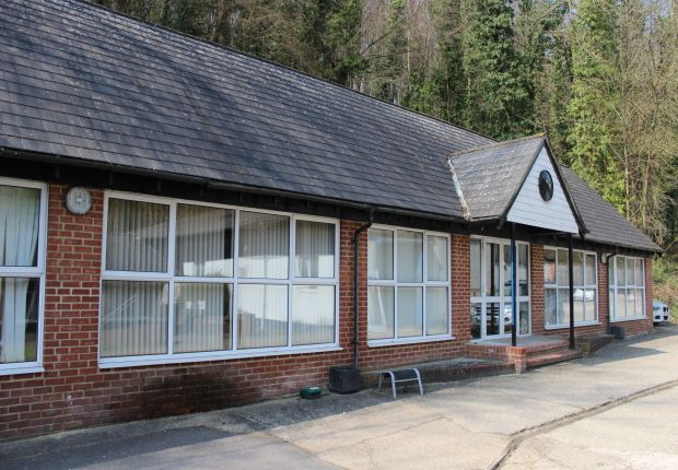 Thumbnail Office to let in Unit D1, Arundel Court, Park Bottom, West Sussex
