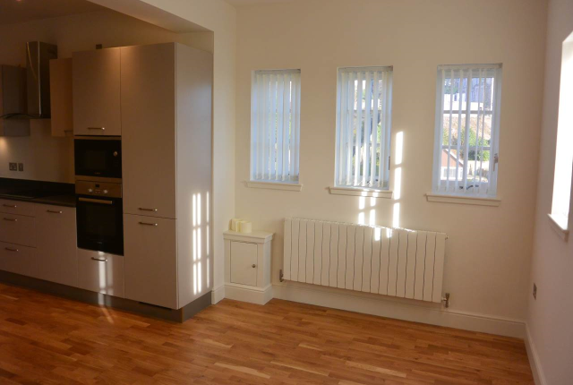 Thumbnail Flat to rent in Whinny Brae, Broughty Ferry