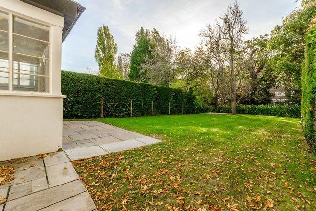 Thumbnail Semi-detached house to rent in Vivian Way, Hampstead Garden, London