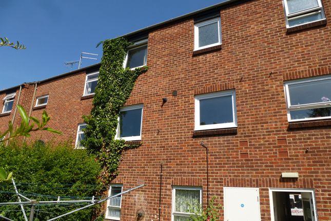 Thumbnail Maisonette for sale in Ipswich Court, Bury St. Edmunds